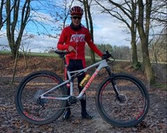 S-Works Epic AXS týmu NUTREND SPECIALIZED v souboji MTB TRICK BATTLE!
